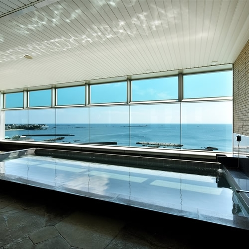 開放感溢れる大浴場