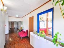 【1階廊下】共同スペース、廊下、お部屋、お気に入りの場所を見つけてください。