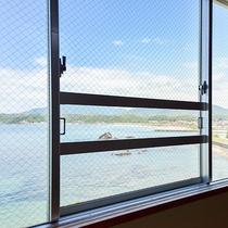 *【本館和室12畳からの眺め】当館は全室オーシャンビューです!お部屋からの景色もお楽しみください!