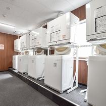 *【本館ランドリールーム】24時間無料でご利用いただけます。洗濯洗剤も販売しております。