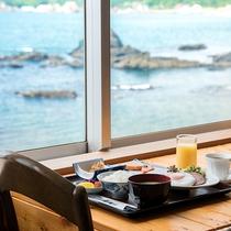 *【和朝食】海を眺めながら朝ごはんをお楽しみください。