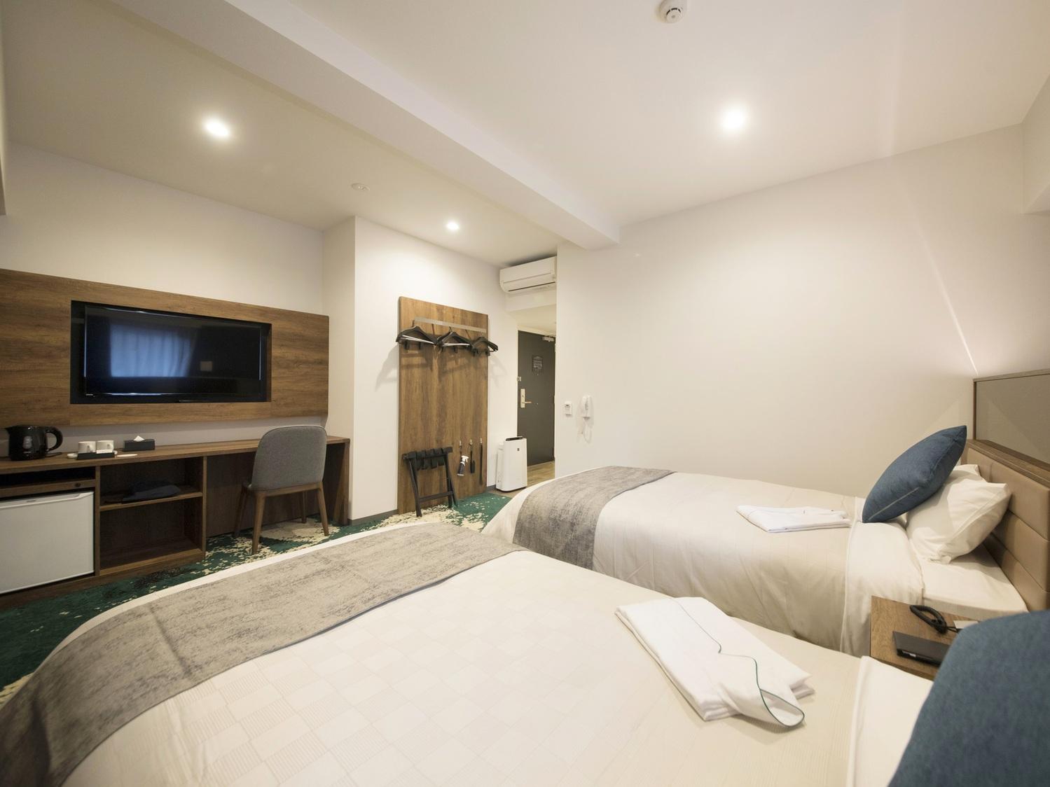 ユニバーサルルーム / Universal Room