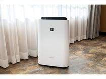 加湿付き空気清浄機 必要な方はフロントにお申し付け下さい。清掃確認した空気清浄機を用意致します。