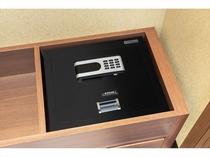 全室セキュリティボックス完備 安心と安全のご滞在をお約束致します。