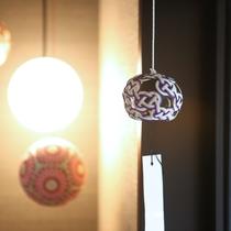 館内 装飾(加賀手毬と加賀水引)