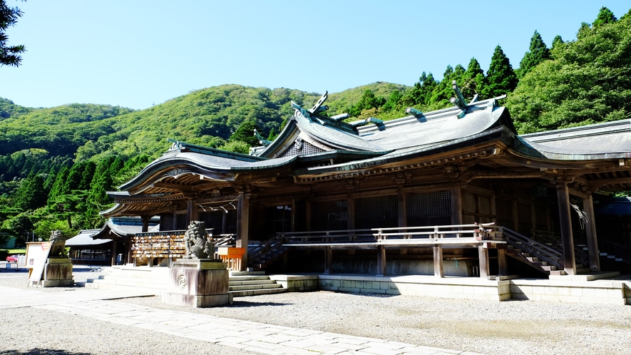 函館八幡宮(社殿は大正時代に建立されたもの)