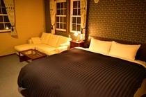 Room Bluebell Night