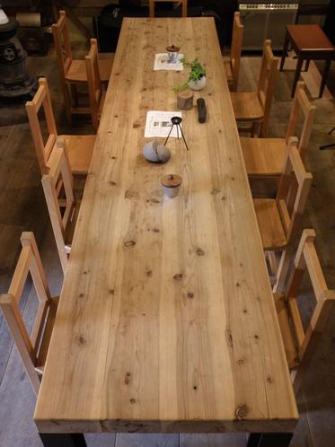 カフェ メインテーブル