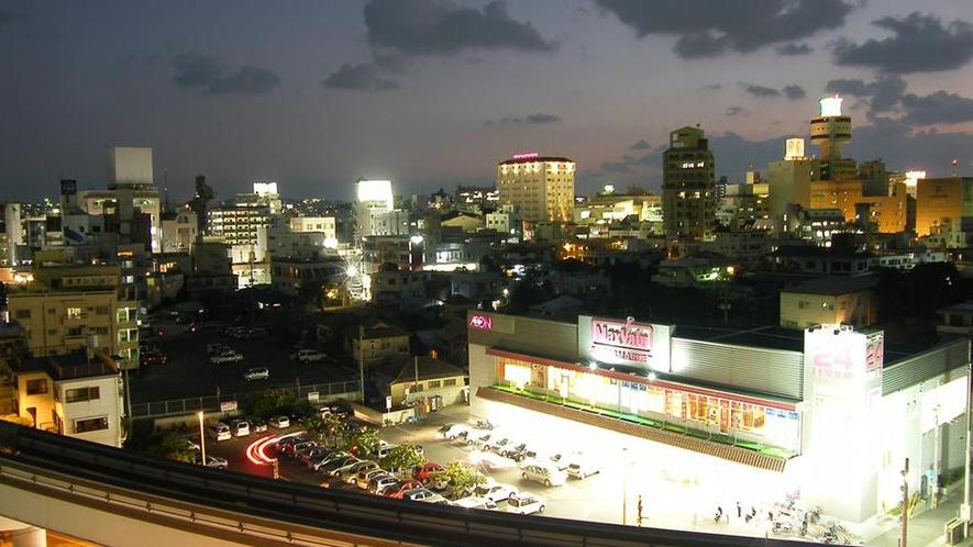 大型スーパー STYA IN SUMUKA 国際通り