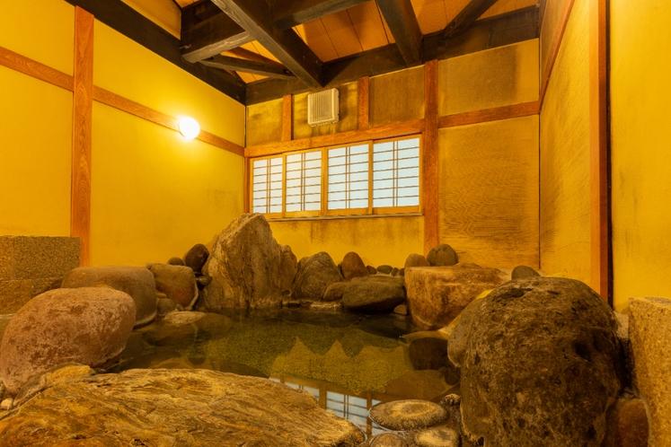 大人限定離れ朝倉・兎城(とじょう)温泉