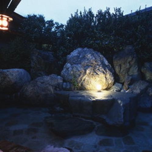 夜の露天風呂
