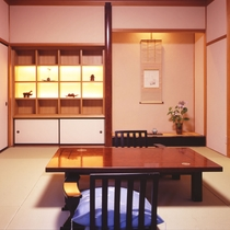 <坂戸和洋室タイプ> 10畳の和室がございます