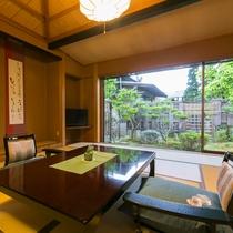 <外山和室タイプ>の一例 お庭を望む明るいお部屋