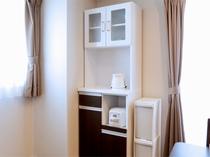 ■広々スタジオタイプ■ 家具・家電、掃除用具も完備!広々ゆったりと滞在出来る客室です。