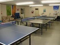 プレールーム「卓球台」等あり15:00より23:00まで無料でプレーできます。