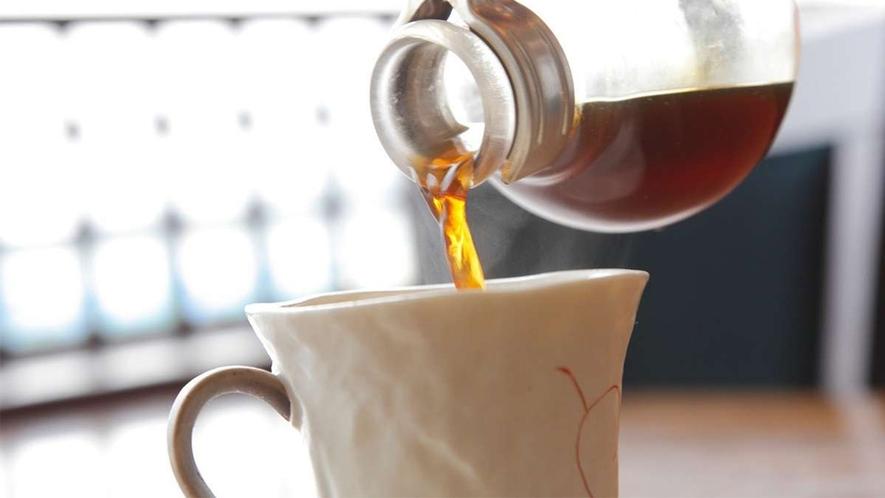1F居食茶房わたやではサイフォンで淹れた美味しい珈琲を提供しております♪