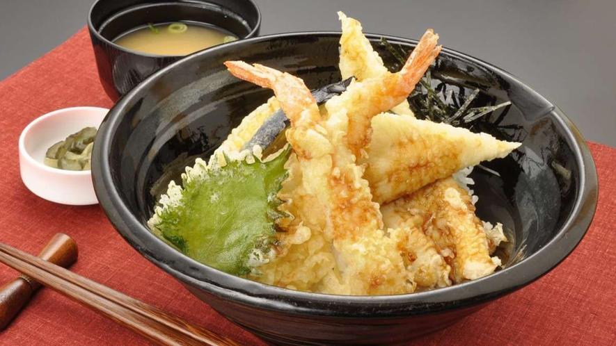 穴子入り天丼(レストランメニューですので当日でもレストランでお召し上がりいただけます♪)