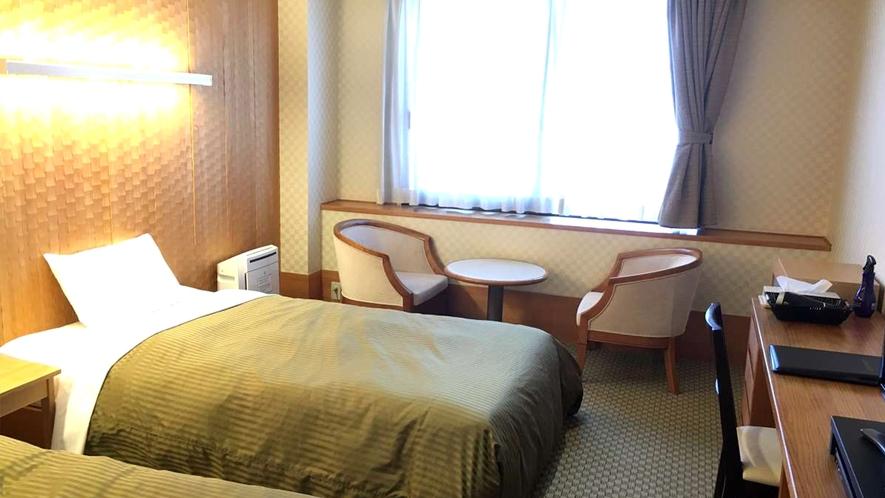 【本館ツインルーム】2室限定☆木のあたたかみのあるお部屋です!