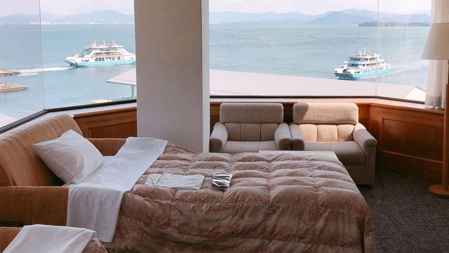 【パノラマシービュー】ソファーベッドのご利用で4名様までご宿泊可能です。