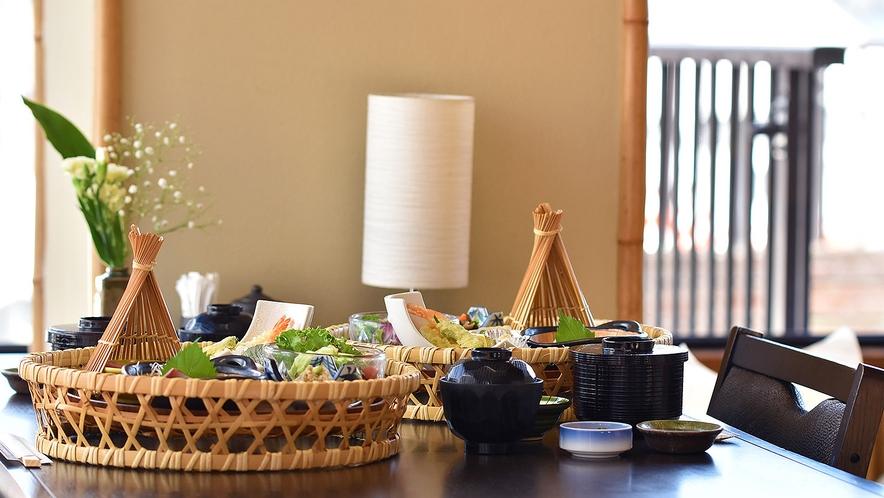 お夕食処『茶屋わたや』個室(※お料理はイメージです。)
