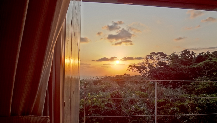 ベランダからの朝陽