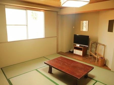 和室(バス・トイレ付)8畳