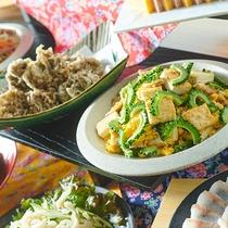 家庭の味もずく天ぷらとゴーヤチャンプルー