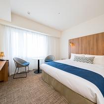 ベッドは160cmと広々