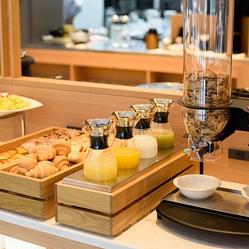 朝食(パン・ドリンク)