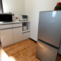 電子レンジ・炊飯器・冷蔵庫
