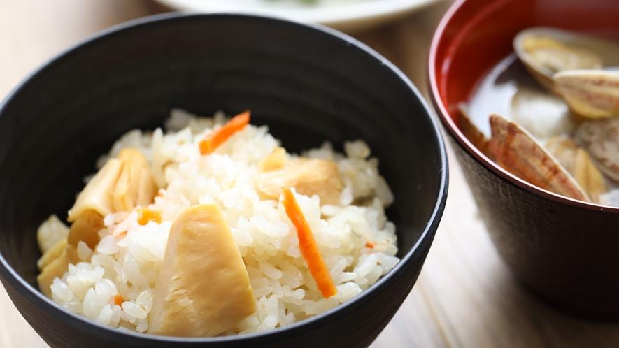 ■季節の混ぜご飯【1Fレストラン朝食♦6:30~9:30(LO9:00)】