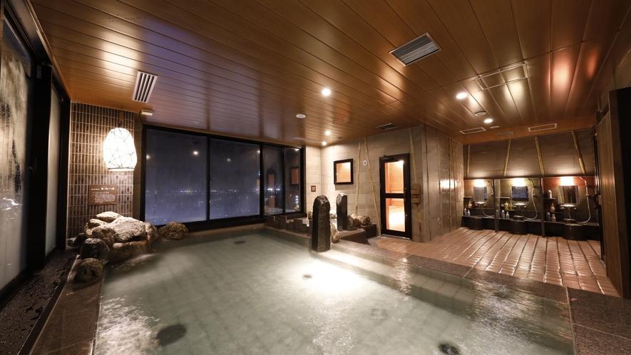 ■天然温泉大浴場「香梅の湯」男性内湯(湯温:41~42℃)