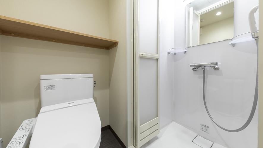 ■トイレ&シャワーブース