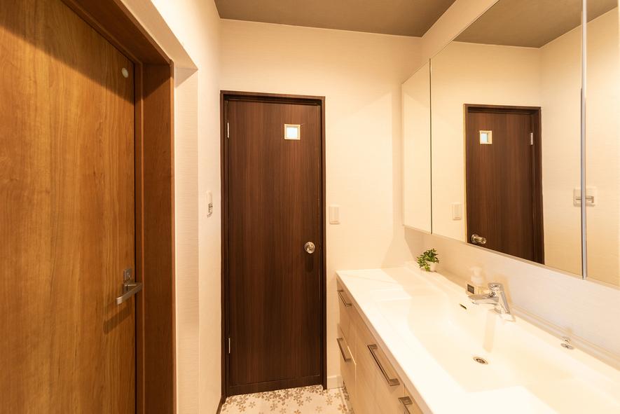 ★2F202 洋室個室(3〜5人様利用)バストイレキッチン専用 (8)