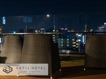 <10F最上階>お風呂上りに梅田の夜景を楽しんで頂けるルーフトップテラス