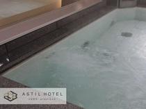 <10F最上階>男性・女性共に大浴場ジェットバス♯コリや疲れを癒してくれます。