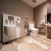 ■共用トイレ■1階共用トイレはバリアフリーでどなたでもご利用いただけます♪