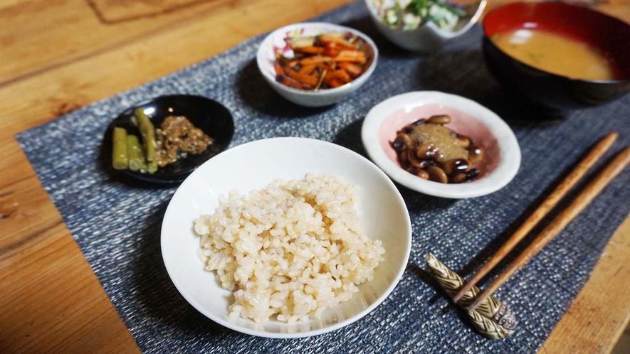 ・<和朝食>バランスのとれた菜食で、気持ちの良い朝を♪
