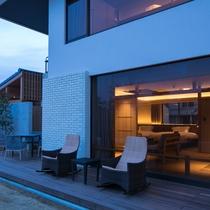 【ガーデンヴィラ】専有露天風呂付和洋室B 庭に繋がるテラス