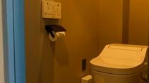 ロッジの部屋のトイレ