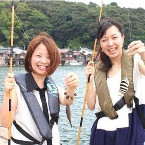 伊根の舟屋を眺めながら釣り体験!伊根の釣り名人がご案内。伊根町で釣りを楽しみましょう♪