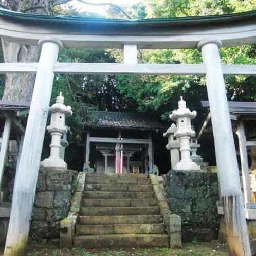 秦の始皇帝の命で不老不死の薬草を追い求めた徐福がたどり着いた「新井崎神社」