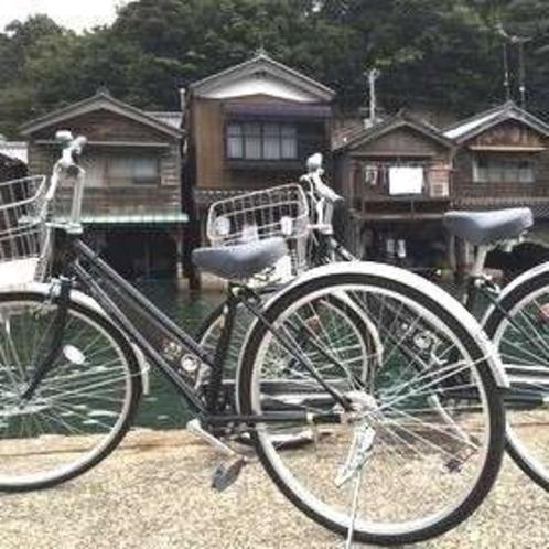 伊根の舟屋の町並みは車で通り過ぎるより自転車でゆっくり回るのがベスト!