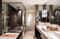 カメリアルーム 45㎡ (3〜18階) バスルーム