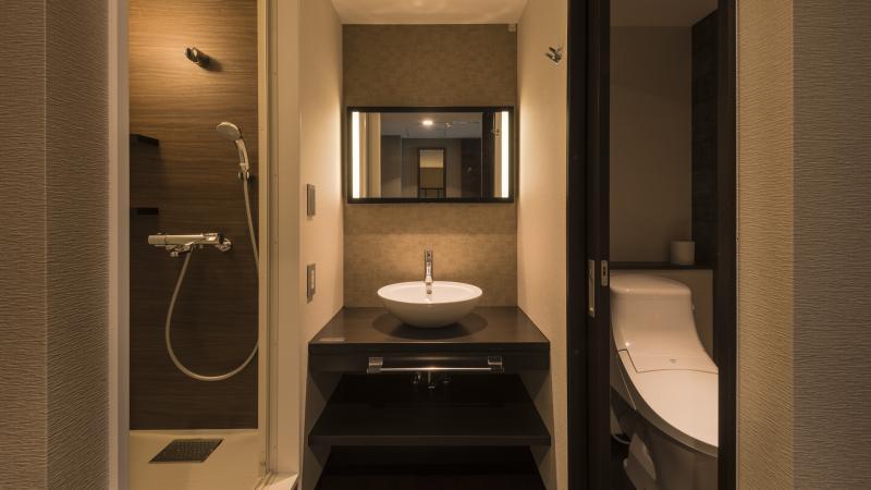 独立洗面台、シャワールーム、ウォシュレット付トイレ完備【モダン和室・モダン洋室】