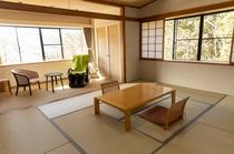 和室10畳+広縁4畳(大人4名様まで)