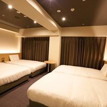 フォースルーム<禁煙>31平米/幅120cmベッド