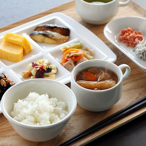 和食派にはご飯とみそ汁で