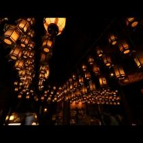 霊山寺◆本堂内の灯籠