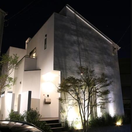 光と水の邸宅 (高級貸別荘 鎌倉・由比ヶ浜)